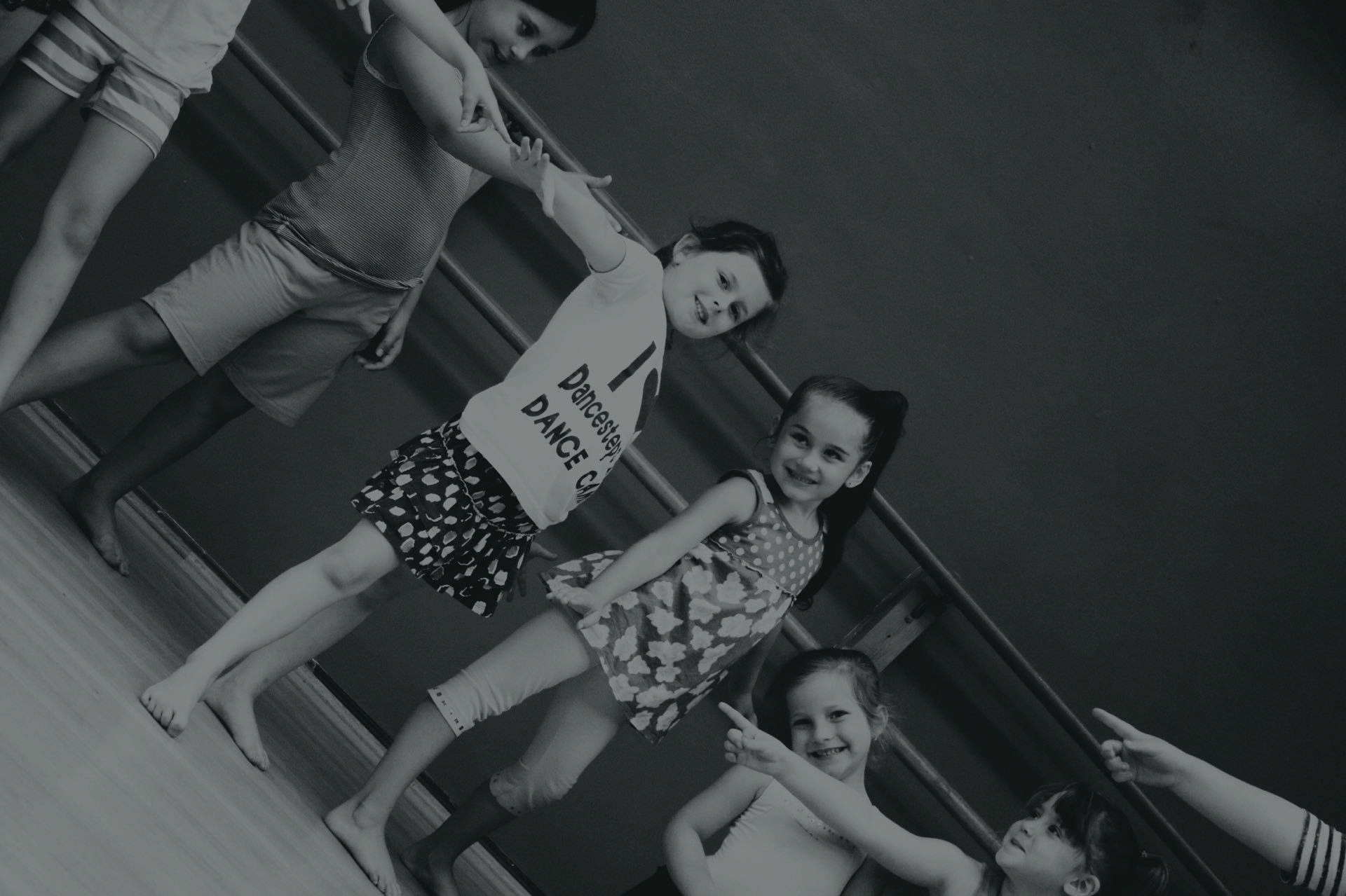 DANCE CLASSES FOR ALL AGES!